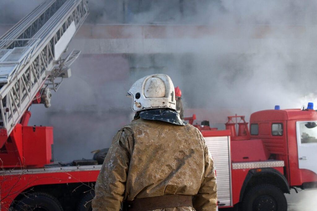 Kiemelten fontos a tűzállóság beépítése az építési szabáélyozásokba